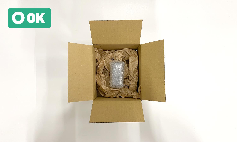 小物商品は梱包材等で包む